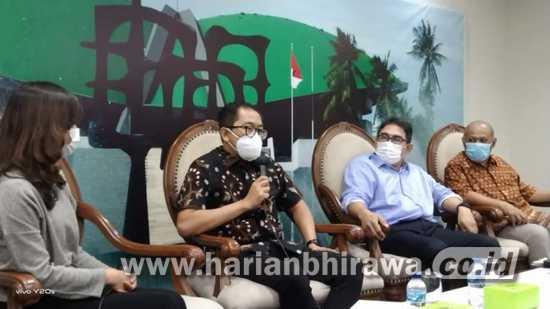 Faisol Riza: Pemerintah Harus Selamatkan Maskapai Penerbangan Garuda