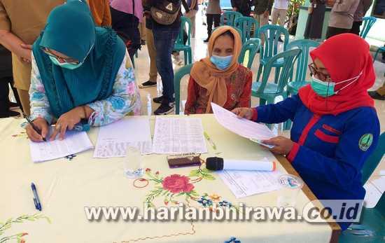3.163 PKL dan Warung Kota Pasuruan Terima Bansos