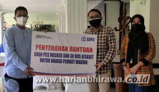 Pemkot Madiun Terima Bantuan BRI 5.000 pcs Masker dan 30 Dus Biskuit