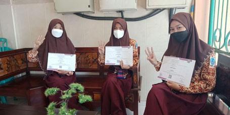 Dari Iseng, Siswi SMAN 4 Sidoarjo Raih Penghargaan Nasional