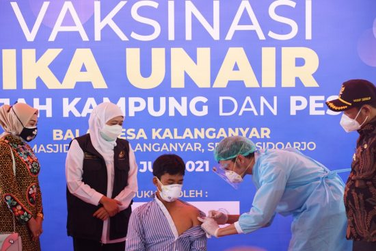 Percepat Target Herd Immunity, IKA UA Gelar Vaksinasi di Pesisir Sidoarjo