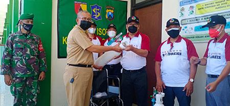 Relawan Bodreks Donasikan Alat Kesehatan dan Vitamin untuk Gedung Isoter