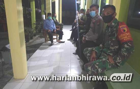 Anggota Koramil 0814/09 Kudu Jombang Disiagakan di Rumah Sehat