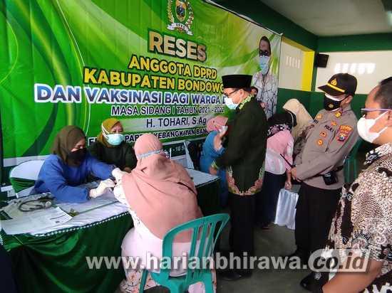 Anggota DPRD Serap Aspirasi Sekaligus Fasilitasi Masyarakat Dapatkan Vaksin
