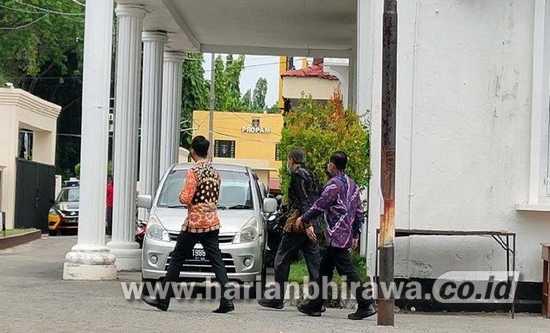 Pejabat Pemkab Probolinggo Diperiksa KPK di Mapolres Probolinggo