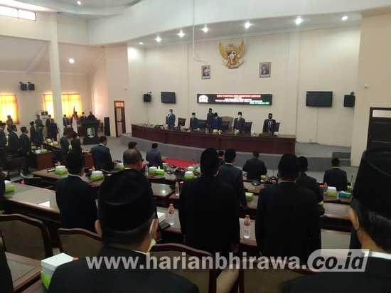 Rapat Paripurna DPRD Sampang Raperda Perubahan APBD Tahun Anggaran 2021