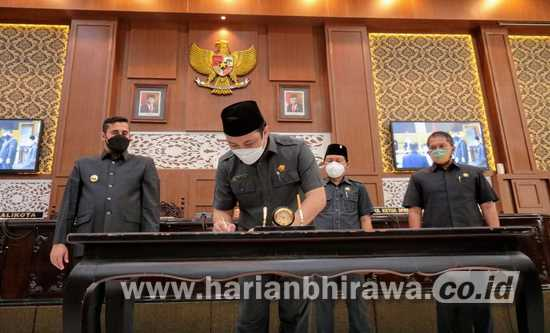 DPRD dan Pemkot Probolinggo Teken Nota Kesepakatan KUA PPAS P-APBD 2021