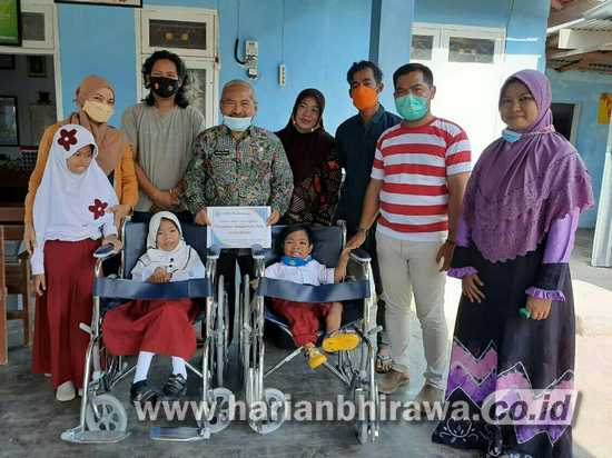 FRPB Distribusi Kursi Roda bagi Penyandang Disabilitas