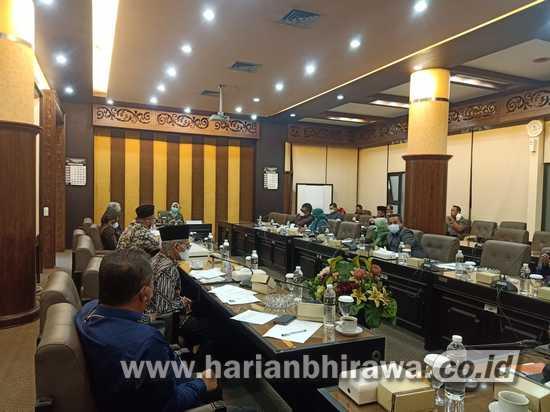 Calon Anggota KPID Jawa Timur Jalani Fit and Proper Test
