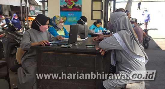 Kejar Target, Vaksinasi Sasar Pedagang Pasar Induk Bondowoso