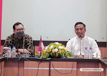 Unesa Jalin Kerjasama dengan Indosat