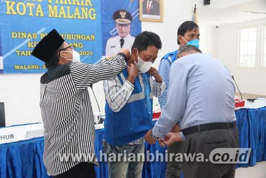 Kepada Jukir, Wali Kota Sutiaji Minta Agar Tertib dalam Pelayanan