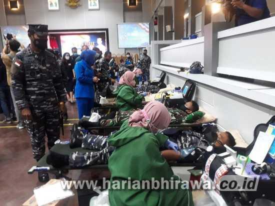 Donor Darah dan Tali Asih Warnai Rangkaian HUT Ke-76 TNI AL Koarmada II