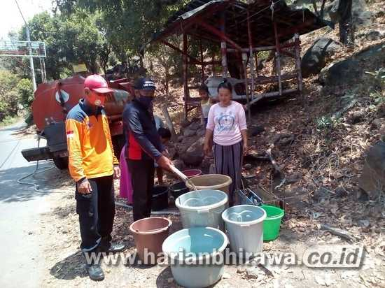 Kekeringan Berlanjut di Situbondo, BPBD Suplai Air Bersih di Dua Desa