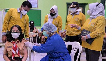 Persiapan PTM, Wali Kota Cek Vaksin Bagi Pelajar SMPN