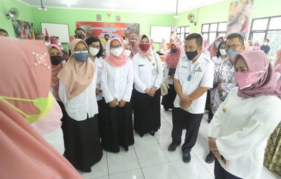 Pemkot Mojokerto Naikkan Honor GTT dan PTT dari Rp700 Ribu per-Bulan Menjadi Rp2,2 Juta