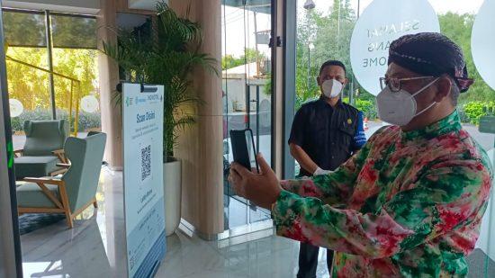 Tanggulangi Covid-19, Hotel Novotel Samator Surabaya Terapkan Aplikasi PeduliLindungi