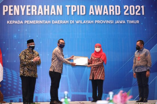 "Berkinerja Terbaik di Jawa Timur, Kemenko Hadiahi TPID ""Award 2021*"