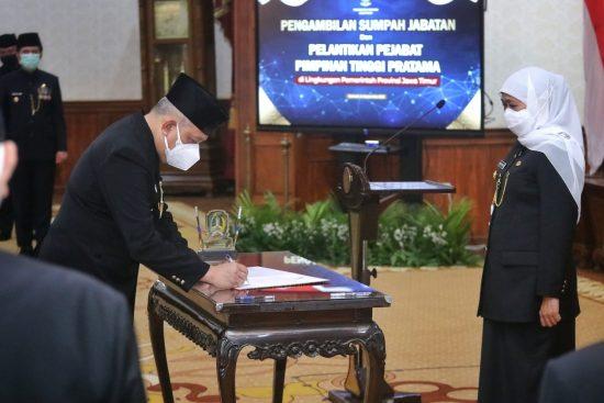 Gubernur Jawa Timur Lantik Joko Irianto sebagai Staf Ahli