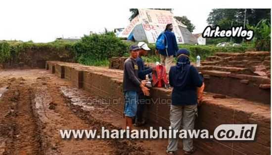 Hari ke 20 Ekskavansi Situs Kumitir, BPCB Jatim Temukan Gerbang Bhre Wengker