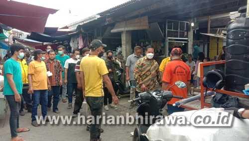 Agoeng Prasodjo Reses di Simomulyo Baru, Tampung Keluhan Perbaikan Paving dan Saluran