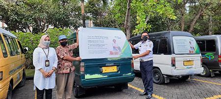 Stiker Branding BPJAMSOSTEK Bertebaran di Angkutan Umum Bangkalan