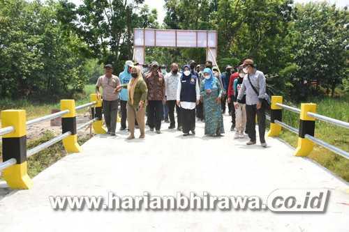 Jembatan Desa Sumberwono dan Jalan Cor Desa Candiwatu Dibiayai Dana BK Desa