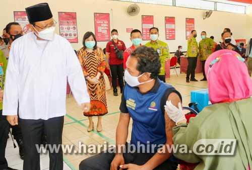 Ratusan Warga Binaan Lapas Kelas IIB Kota Pasuruan Divaksin Sinovac