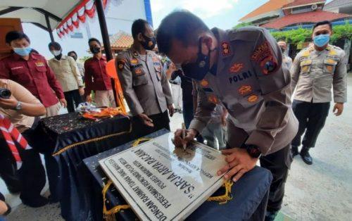 Kapolresta Madiun AKBP Dewa Putu Eka Launchin Ruang Pojok Media