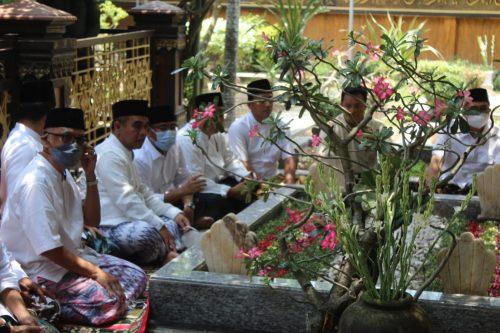 Napak Tilas Fatwa Jihad, Pengurus Gerindra Ziarah ke Tebuireng Jombang