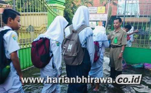 Warga Kabupaten Sidoarjo Diajak Waspada Hadapi Bencana Hidrometeorologi