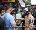 PWI Malang Raya Bagikan Ribuan Masker ke Masyarakat